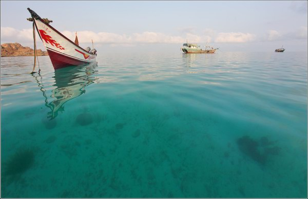 Socotra Picture of the Day: fishing boat in sunrise light