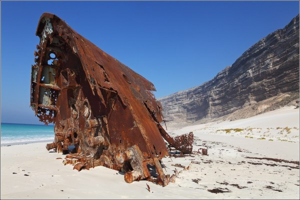 Socotra Picture of the Day: wreck on the south shore